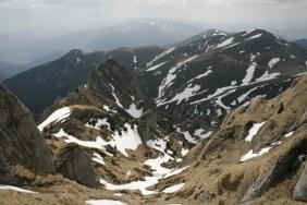 pete de zapada pe vale