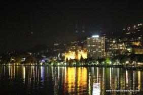 riviera pe noapte